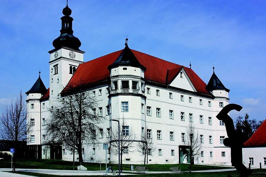 Дворец Хартхайм Австрия