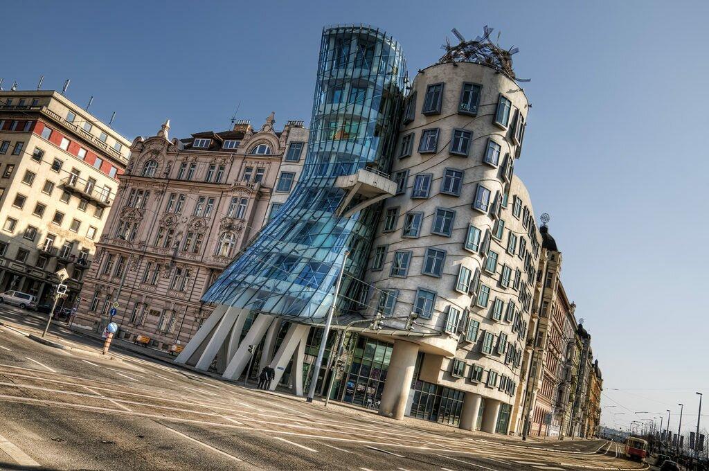 Танцующий дом Прага Чехия
