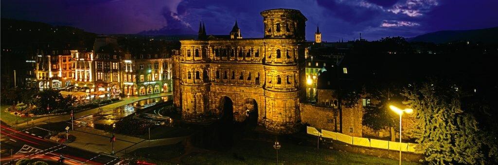 Порта Нигра Трир Германия
