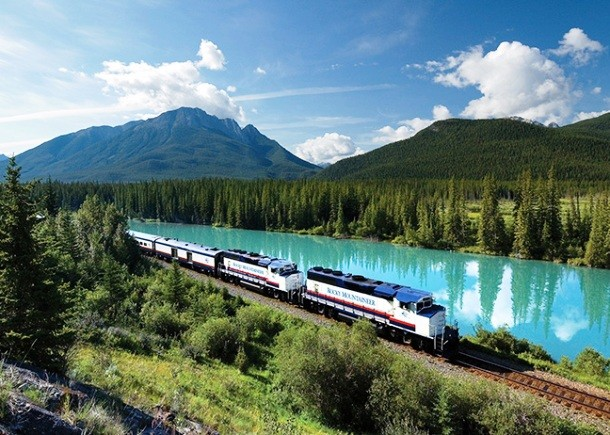 Rocky Mountaineer канада